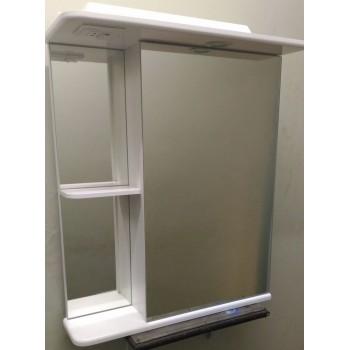 Зеркальный шкаф со светильником 600 L/R